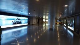 福特机场灯箱